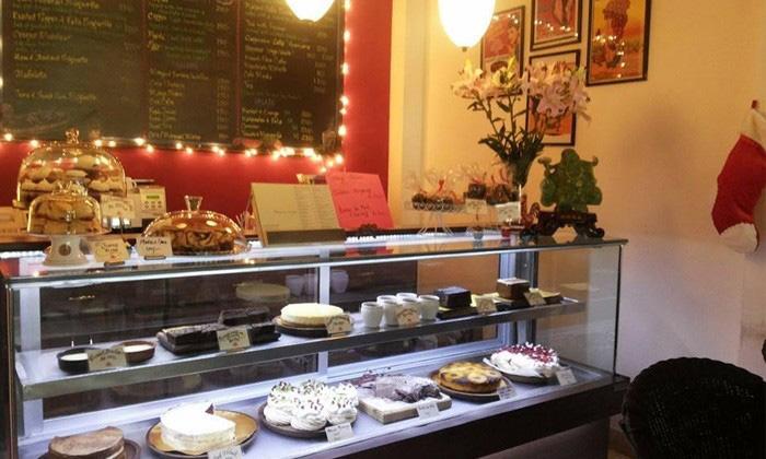 Maison Des Desserts - Hauz Khas Village