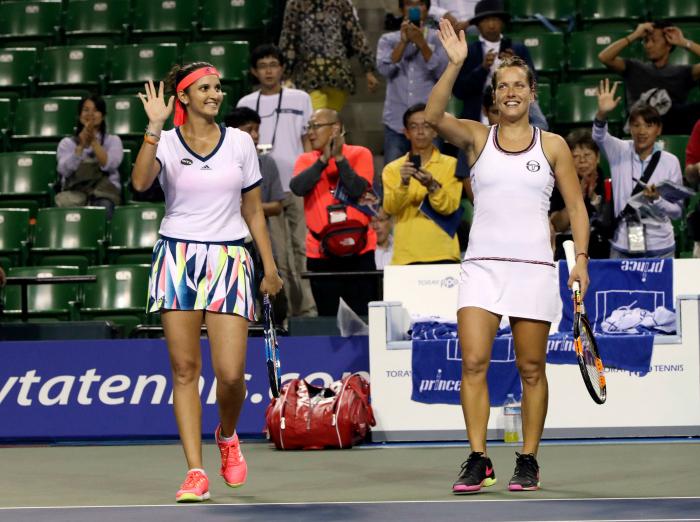 Sania and Strycova