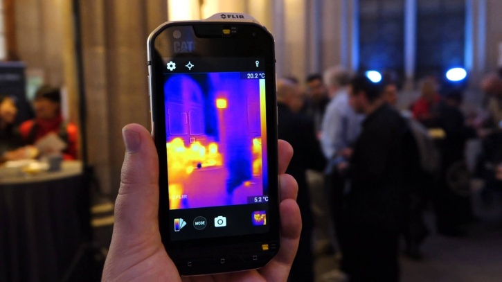 Meet The Toughest Phone On The Plane. CAT S60 Has Inbuilt Infra-Red Imaging And SOS Tech