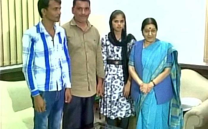 Sushma Swaraj helps Pakistani Hindu girl get admission into school