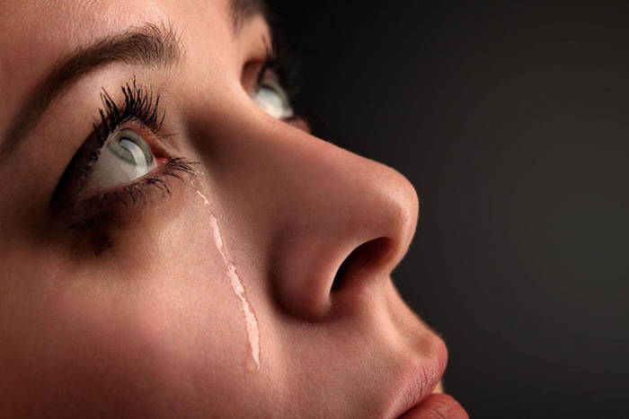 Tears in Eeys