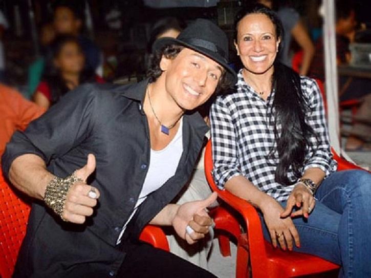 Ayesha and Tiger Shroff