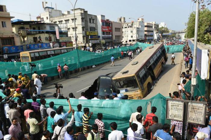 Bus and Car Trapped Chennai