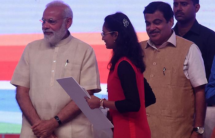Latur girl wins Rs 1 crore