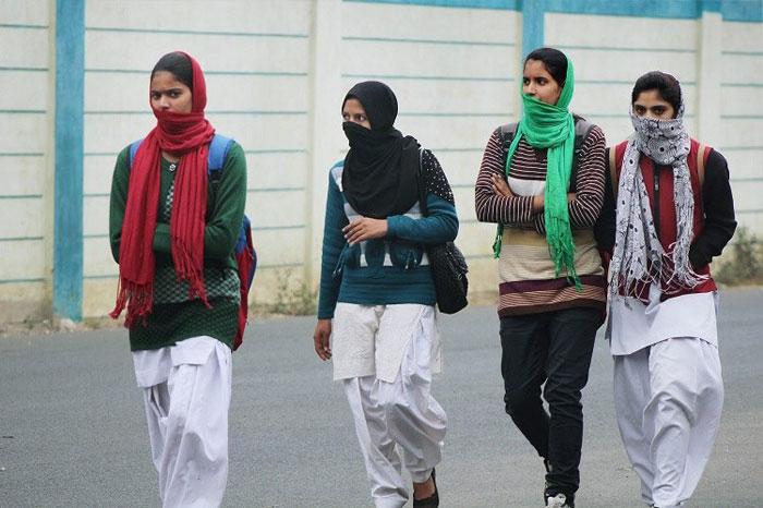 DU Dept Asks For Dress Code, Sparks Row