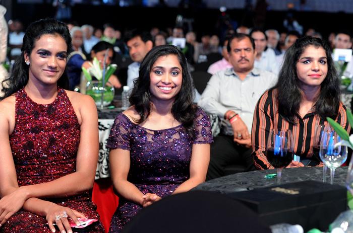 Olympians Dipa Karmakar and Sakshi Malik