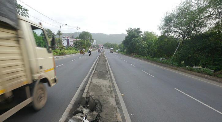 Ghodbunder Road