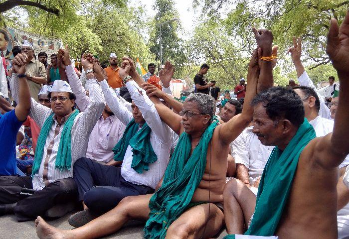 tamil nadu farmers protest