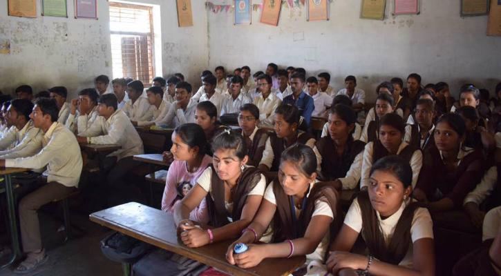 Simran Talwar and students