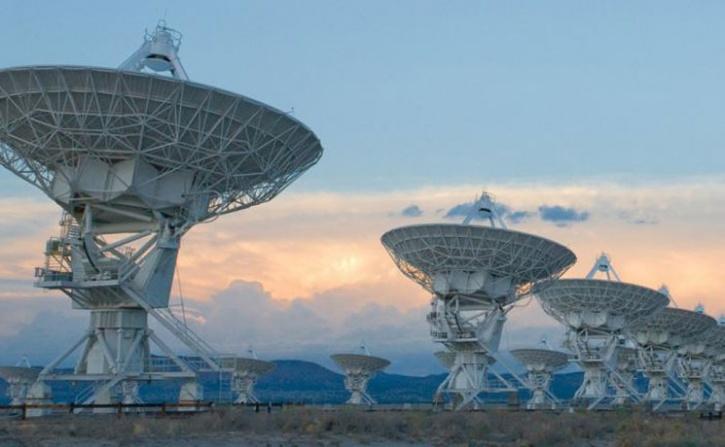 dwarf galaxy alien frequency