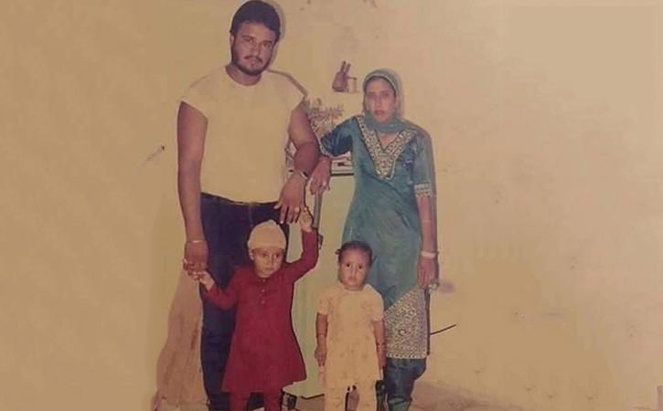 Gurmeet ram rahim family photo