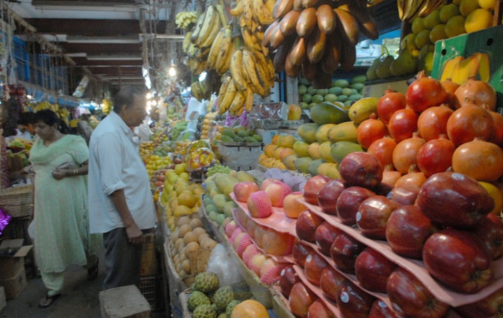 Study Challenges Conventional Wisdom On Fats, Fruits And Vegetables