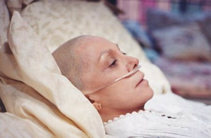 Cancer is terrifying enough to deal; from chemotherapy to an unending list of medication it is a harrowing experience for any cancer patient. Non-invasive therapies offer a cure minus the unpleasant side effects of treatments like radiotherapy that are enduring in the long run. Although it is tempting to choose unconventional treatments over conventional ones you do so at your own risk. The primary reason why they are called 'alternative' is because they aren't proven yet and are advised to be used alongside conventional medicine.