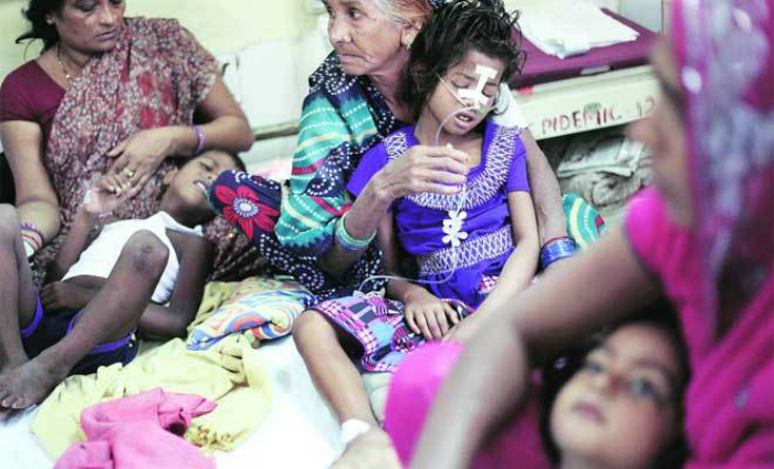 The Baba Raghav Das Hospital (BRD) Medical College Hospital has been at the helm of most encephalitis outbreaks that occur every year in the state of Uttar Pradesh (U.P.). In a sorry state of affairs some of the children admitted in the hospital some died due to a lack of oxygen supply. In fact, according to a report by the Indian Council of Medical Research, the first traces of encephalitis was recognised in 1955 in Tamil Nadu. Since 1972 the disease has spread to other regions, including West Bengal, Uttar Pradesh, Assam, Bihar, Manipur, Andhra Pradesh, Goa, Pondicherry and Karnataka.  UP remains to be one of the hardest hit states by the disease. According to a report by the Directorate of National Vector Borne Disease Control Programme (NVBDCP) there are been 26,686 cases of encephalitis between 2010 and 2017 in UP.