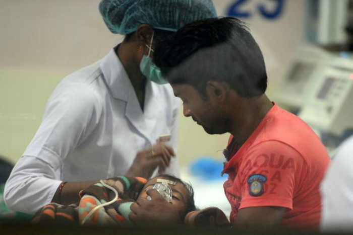 In severe cases of infection the patient can even be put on mechanical ventilation to assist them in breathing. Anticonvulsants and sedatives are used for patients suffering from seizures.  Instead of treating or along with the treatment of encephalitis doctors recommend measures to offer relief while the patient fights off the virus. This includes rest, lukewarm sponge baths and plenty of fluids (through IV if required).