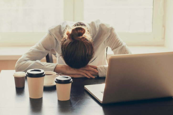 Sleep deprivation is slowly being deemed as the modern ailment to watch out for. In another revelation a recent study revealed that sleep deprivation is damaging to your body as binge drinking.