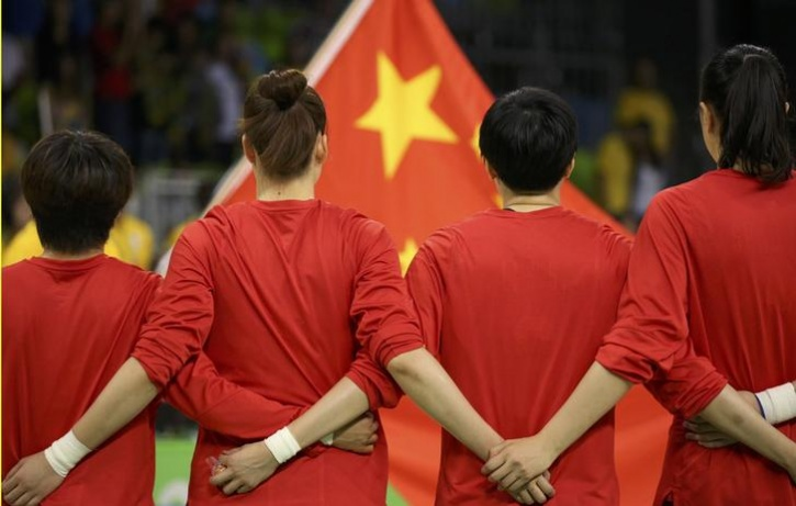 China law threatens 15 days of jail for improper anthem use