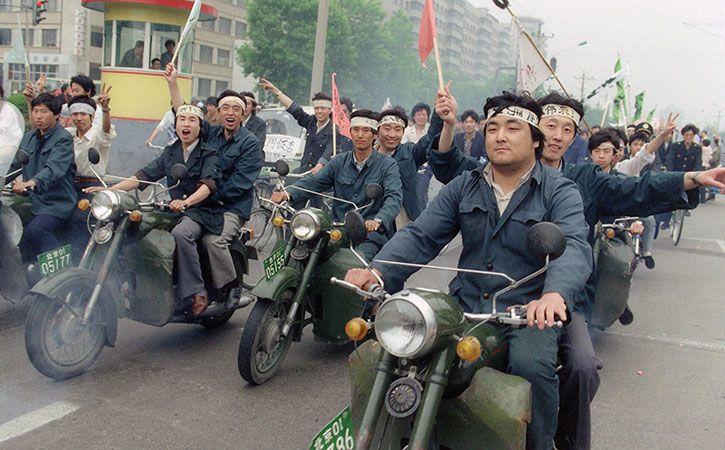 10000 Killed In China 1989 Tiananmen Crackdown