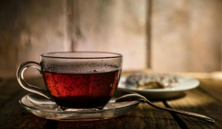 5 Healthy Shades Of Tea You Should Have During These Chilly Winter Mornings