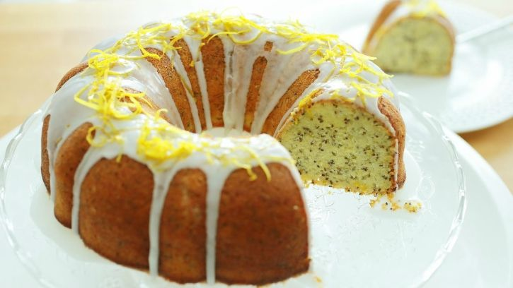 7 Healthy But Delicious Cake Recipes Swaps You Need To Make This Festive Season
