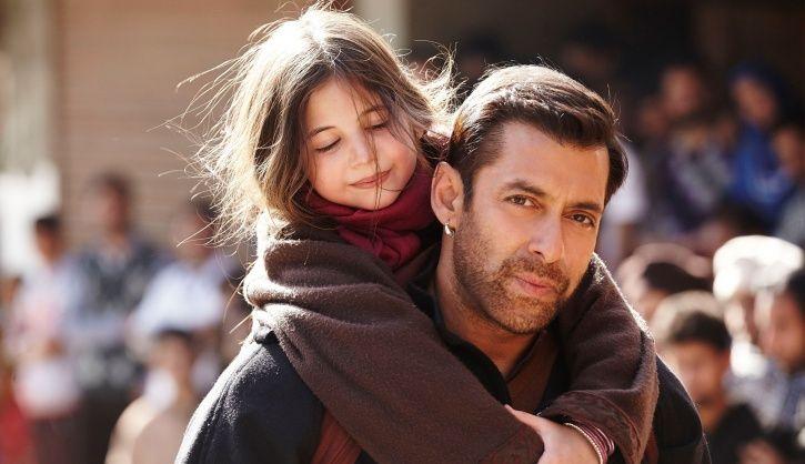 A still from Salman Khan and Harshaali Malhotra from Bajrangi Bhaijaan