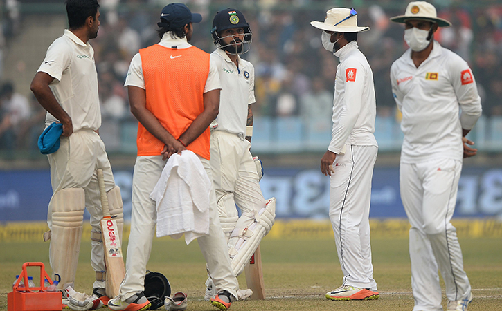 Cricketers Vomiting After Fielding In Smoggy Delhi