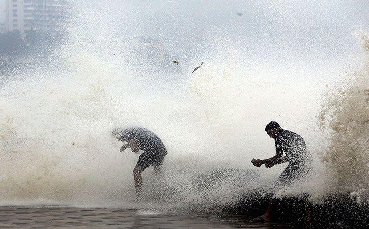 Cyclone Ockhi May Not Hit Gujarat Coast
