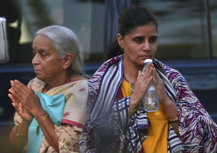 Kulbhushan Jadhav Family