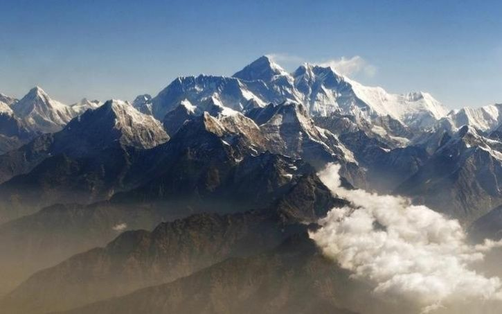 Nepal Bans Solo Climbers From Mount Everest