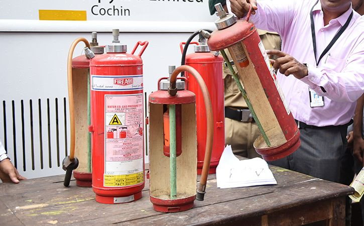 Only 400 Of 5000 Delhi Eateries Have Got Fire Safety Permit