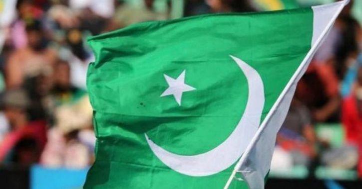 Pak flag fb