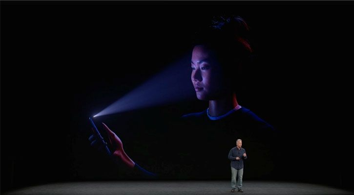 Phil Schiller demonstrating FaceID at the iPhone X launch event