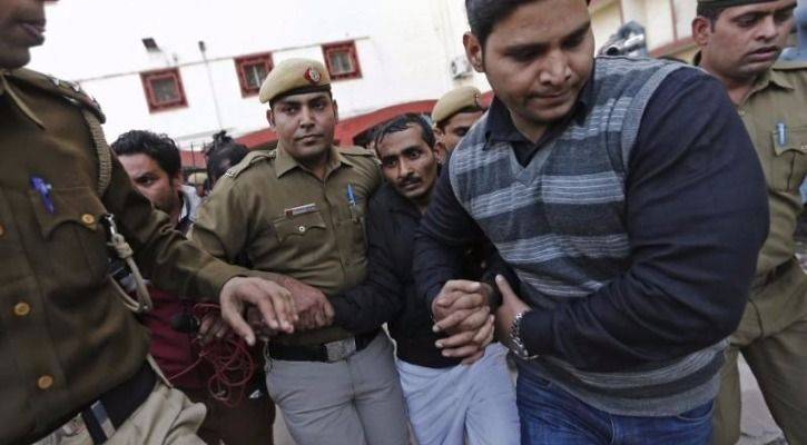 Shiv Kumar Yadav, the Uber driver that raped a woman In New Delhi, outside of a court in 2014