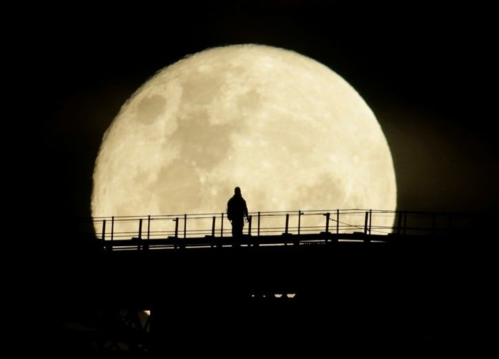 supermoon from 2016