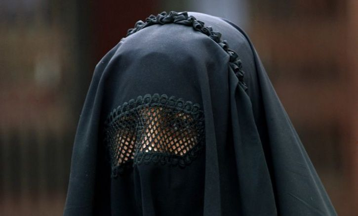 Woman In Burkha Dupes Man Of Rs 30 Lakh In Fake Sale Of Dongri Flat