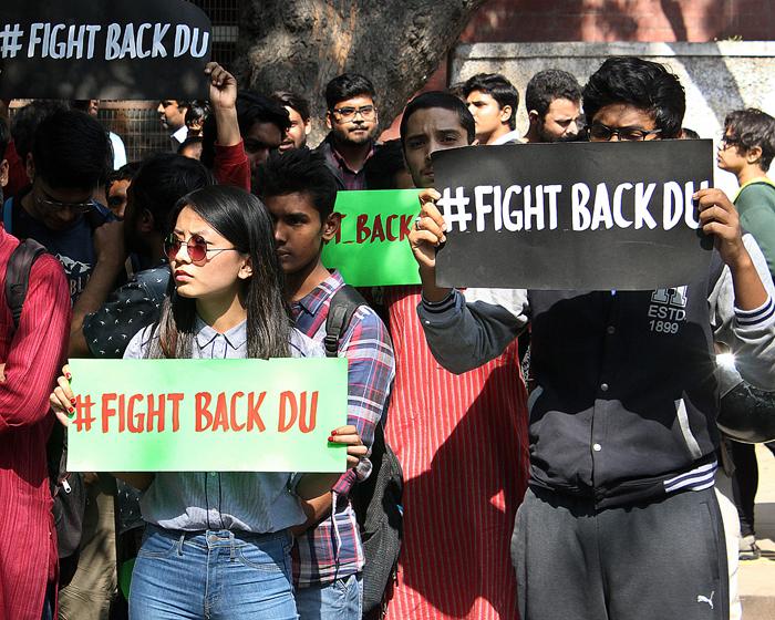 DU student protest