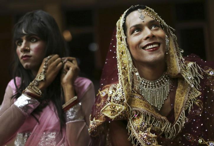 Refraining from gender biases