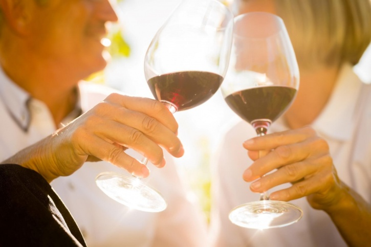 Other benefits of drinking red wine