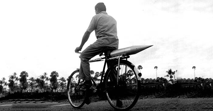 Rocket on Cycle