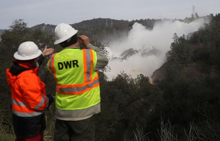 Crumbling California Dam Spillway