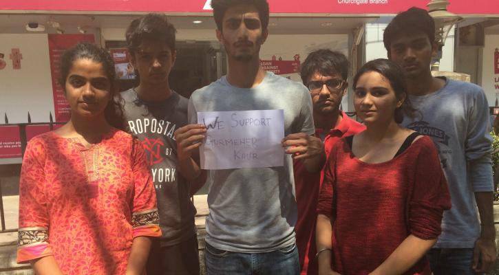 Students of Mumbai University stand in solidarity with Gurmehar Kaur