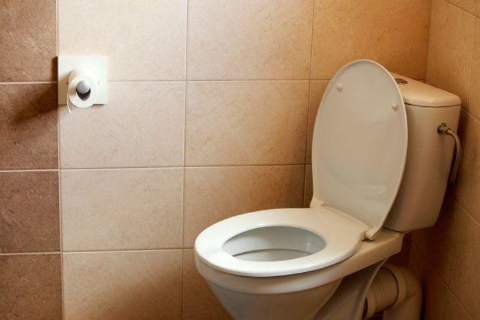 Use toilet