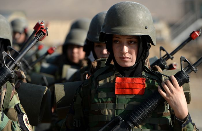 Afghanistan woman army