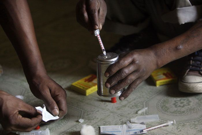 Pak pumping diluted heroin