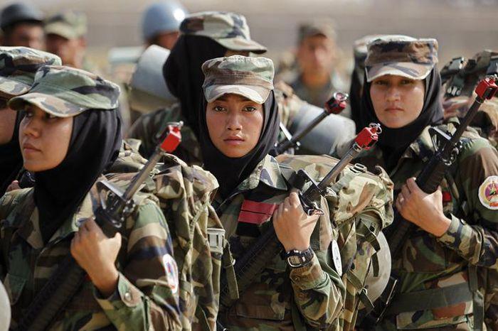 Afghanistan woman army AFP