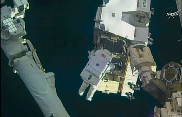 Woman Walked In Space For 6.5 Hours