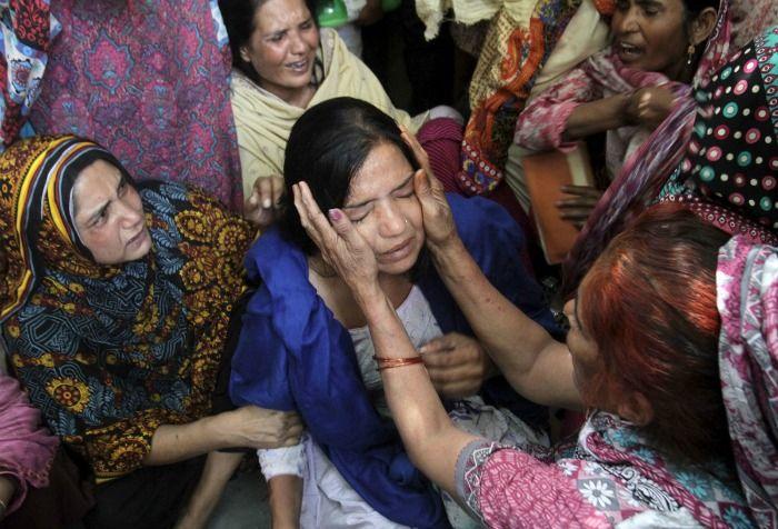 attack on minorities in pakistan