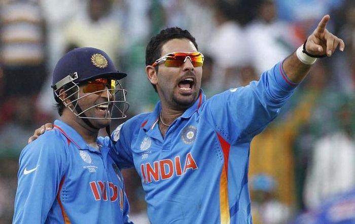 Yuvraj Singh & MS Dhoni