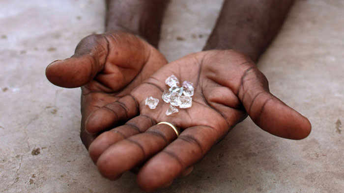 MP Farmer Digs Diamond