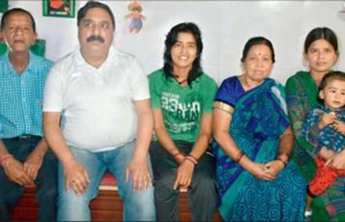 Ekta Bisht Family